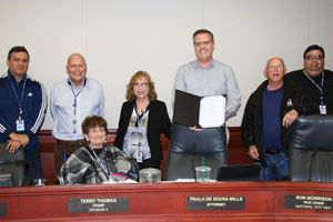 GFOA Award presented to SWA Board